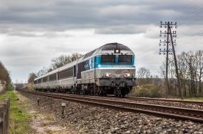 D150320 SNCF 72176 Cendrecourt 11.4.2015