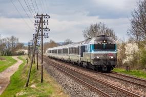 D150321 SNCF 72121 Cendrecourt 11.4.2015