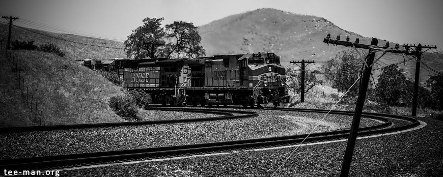 BNSF 751 + 4554 + 7605, Bealville (CA) 26-5-2014