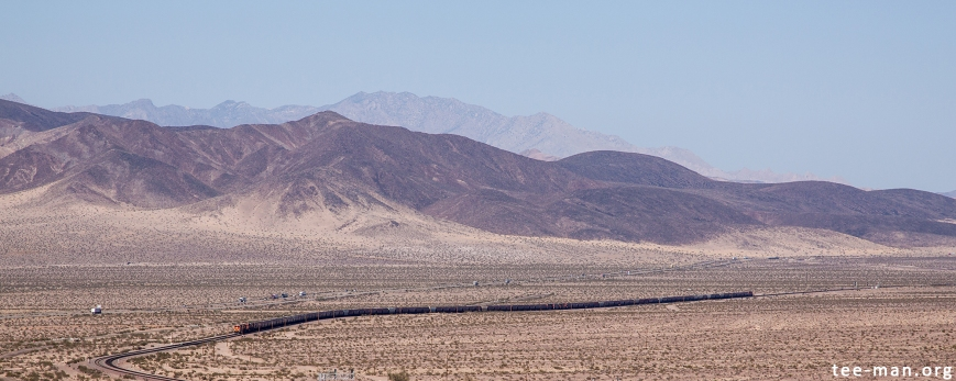 BNSF 5805, Ludlow (CA) 26.5.2014